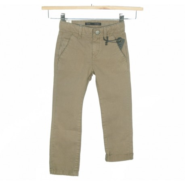 Pantalón de corte chino en kaki para niño Marca IKKS