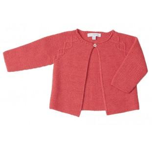 Chaqueta roja de bebé con labrado marca Fina Ejerique