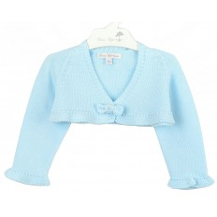 Bolero azul claro con lacito para bebé de Fina Ejerique