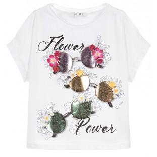 Camiseta blanca con hombros descubiertos marca Elsy
